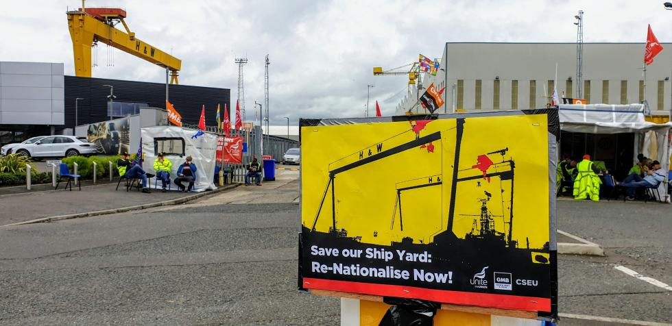 Insdustria en Belfast, en crisis